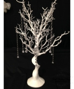 75cm white manzanita tree. $20.00 each