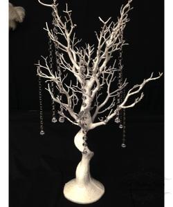 75cm white manzanita tree. $20.00 each
