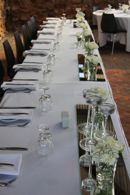 90cm rectangular mirrors act as a beautiful base for your bridal table decorations. $8.00 each