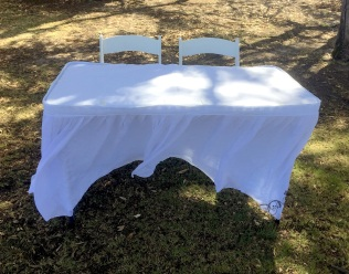 signig table